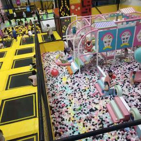 广东大型室内儿童乐园海洋球必威官网下载公园厂家